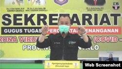Juru bicara gugus tugas COVID-19 Provinsi Gorontalo dr. Triyanto S Bialangi saat menyampaikan Keterangan PERS situasi terkini perkembangan COVID-19, Kamis, 6 Agustus 2020. (Foto: Tangkapan Layar)