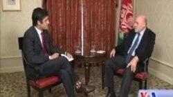 مصاحبه ویژه تلویزیون آشنای صدای امریکا با محمدعمر داودزی