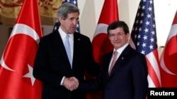 ABD Dışişleri bakanı John Kerry ve Dışişleri Bakanı Ahmet Davutoğlu