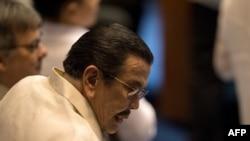 L'ancien président philippin, Joseph Estrada, arrive à la Chambre des représentants à Manille le 24 juillet 2017.