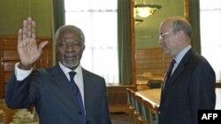 Ông Kofi Annan, Đặc sứ của Liên hiệp quốc và Liên đoàn A-rập về Syria và Ngoại trưởng Pháp Alain Juppe trước khóa họp lần thứ 19 của Hội đồng Nhân quyền ở Geneve hôm 27/2/12