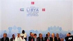 Des délégués du CNT à la réunion d'Istanbul
