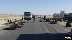 درطی پانزده سال اخیر این اولین بار است که شاهراه کابل – کندهار طی چهار روز بروی ترافیک مسدود شده است.