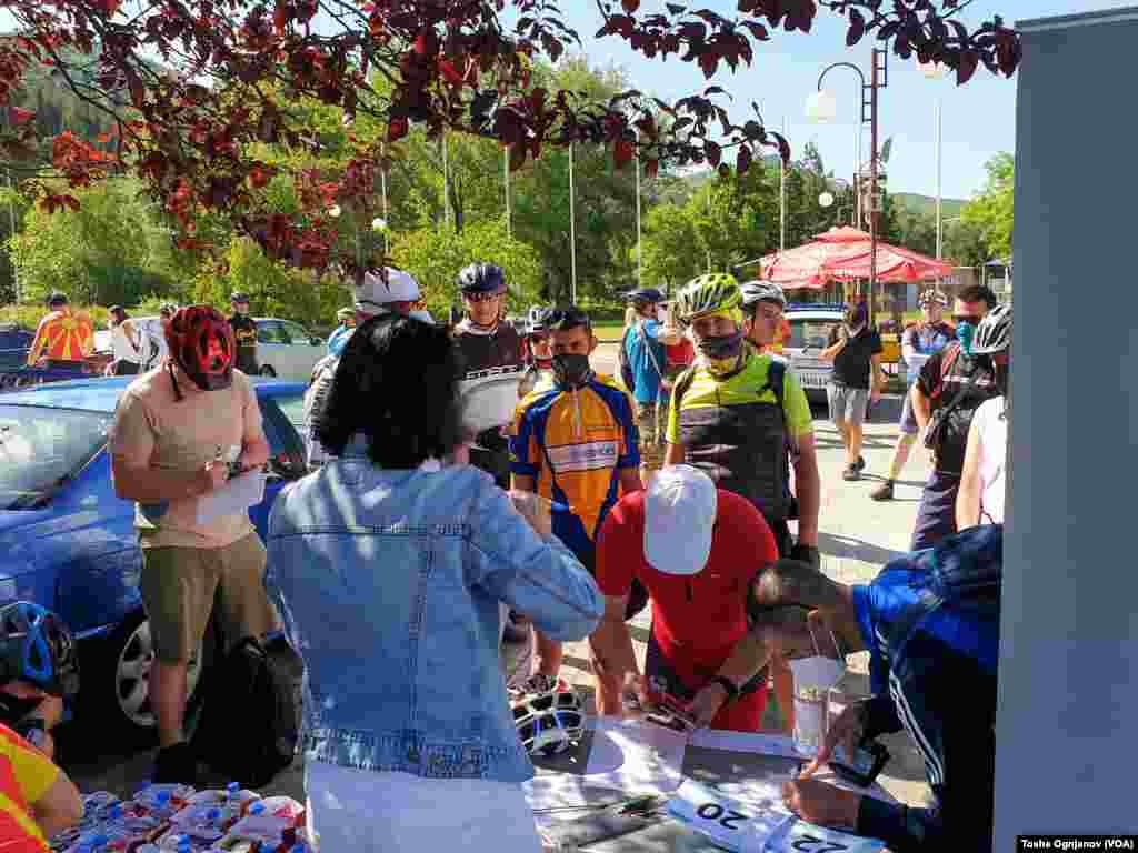 Хуманитарна велосипедска тура околу Охридско Езеро