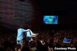 Prabowo Subianto dan Sandiaga Uno mendapat dukungan 1.500 pengusaha yang tergabung dalam Aliansi Pengusaha Nasional, di Djakarta Theater, Kamis (21/3) (Prabowo-Sandi Media Center)