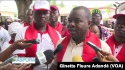 Yves Fifadji, secrétaire général du Syntrasesh, à Cotonou, Bénin, le 5 novembre 2017. (VOA/Ginette Fleure Adandé)