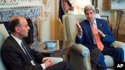 Sự lo ngại của phía Ả Rập Xê-út đối với hiệp ước Iran đã thể hiện hôm qua khi Ngoại trưởng Hoa Kỳ John Kerry mở các cuộc đàm phán với ông Jubeir ở Washington.