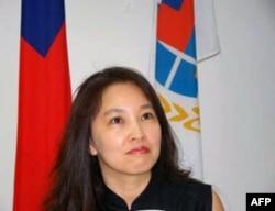 施明德妻子陈嘉君是新书总编辑
