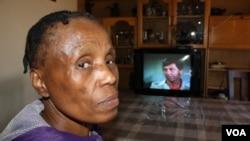 La Sud-Africaine Evelyn Itumeleng, qui souffre du VIH, qui continuer de tuer de par le monde (Photo by Darren Taylor)