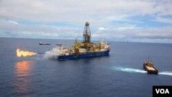 Barco da Anadarko a testar poço de gás ao largo do norte de Moçambique (Foto Anadarko)