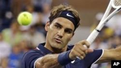 Petenis Roger Federer dalam salah satu pertandingan AS Terbuka. (Foto: Dok).
