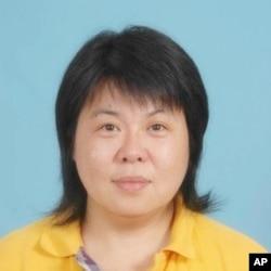 中國維權人士周莉