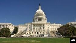 د امریکا د کانگرس غړي وایي خلکو ته باید د بیلو ټولنو مذهي او دودیزو ارزښتونو د درناوي لارښوونه وشي