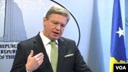 Evropski komesar za proširenje Štefan File (arhivski snimak)