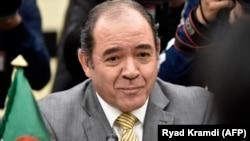 Le ministre algérien des Affaires étrangères, Sabri Boukadoum, assiste à une réunion avec son homologue espagnol à Alger le 4 mars 2020.