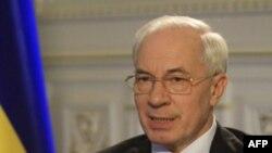 Thủ tướng Azarov nói rằng chính phủ của ông sẽ cố gắng một lần nữa để có thể đạt thỏa thuận dài hạn với Nga