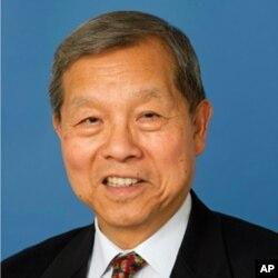 卡内基基金会亚洲项目资深研究员,前世界银行中国事务局局长黄育川