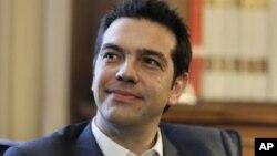 Tham gia hội nghị thượng đỉnh của Liên Hiệp Âu Châu đầu tiên ở Bruxelles, tân Thủ Tướng Hy Lạp Alexis Tsipras đã đạt được thoả thuận để các giới chức Hy Lạp gặp các đại diện của khối sử dụng đồng euro, Ngân hàng Trung ương Âu Châu và Quỹ Tiền Tệ Quốc tế.