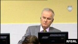 Ratko Mladić na suđenju pred Haškim Tribunalom, 11. decembra 2012.