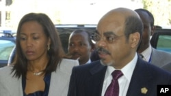埃塞俄比亚总理梅莱斯(右)及其夫人(资料照)