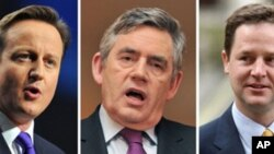 A combination of file images show British Leader of the opposition Conservative party David Cameron (L) Labour leader and Prime Minister Gordon Brown (C), and leader of the opposition Liberal Democrats Nick Clegg in London, 09 Apr 2010