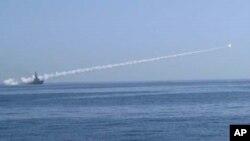 پاک بحریہ کا میزائلوں ٹارپیڈوز بموں کا تجربہ