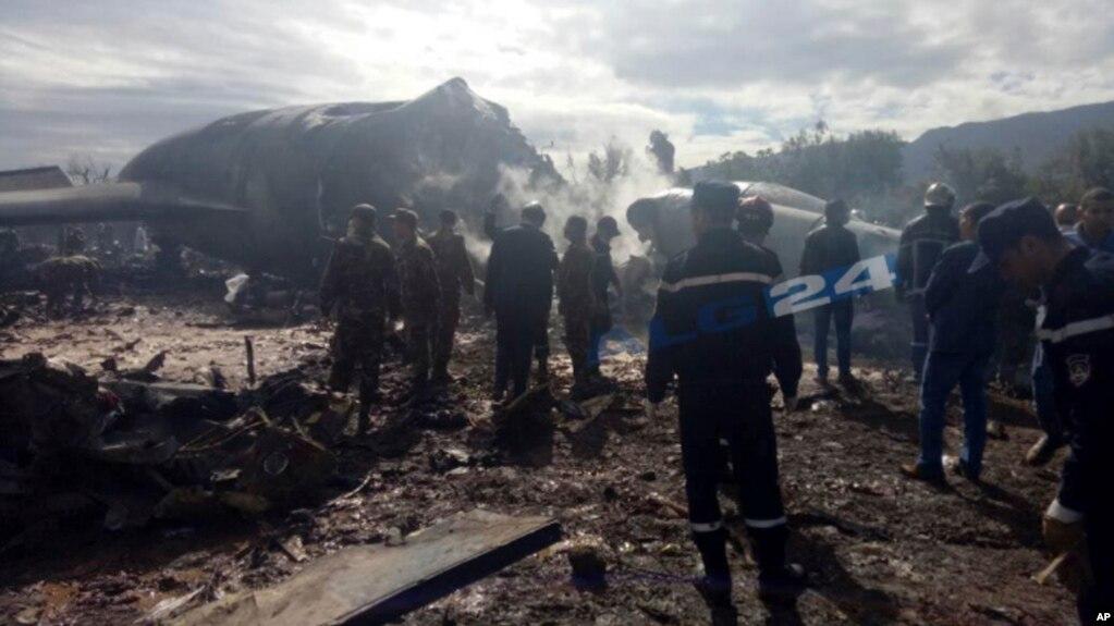Algjeri: rreth 257 viktima nga rrëzimi i një avioni