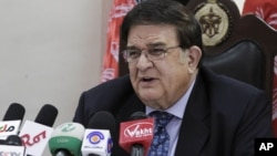 Smenjeni ministar odbrane Abdul Rahim Vardak