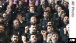 İranın elitar İnqilab Qvardiyası təlimlərə hazırlaşır