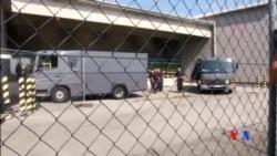 2015-08-28 美國之音視頻新聞:奧地利一輛貨車內70名難民窒息而死