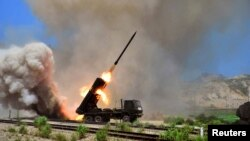 지난 7월 북한 군의 미사일 발사 훈련 장면을 조선중앙통신이 공개했다. (자료사진)