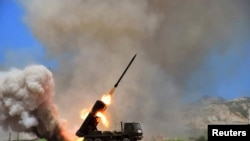 조선중앙통신이 7월 15일 북한 군의 미사일 발사 훈련 장면을 공개했다.(자료사진)