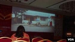 کراچی-پاکستان مین لڑکیوں کی تعلیم کی اہمیت اجاگر کرنے کیلئے گرل راءزنگ فلم اسکریننگ