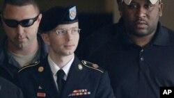 Bradley Manning ya no tiene nombre masculino y ahora se llama Chelsea Elizabeth Manning.