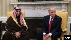 Donald Trump et le price saoudien Mohammed ben Salmane dans le Bureau ovale à Washington le 14 mars 2017