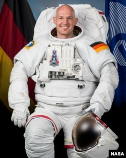 In this June 2013 photo, European Space Agency astronaut Alexander Gerst poses for an official portrait in an Extravehicular Mobility Unit (EMU) spacesuit. (NASA)