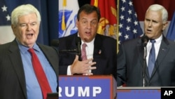 Newt Gingrich, Chris Christie et Mike Pence.