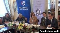 Detalj sa današnje radionice o odnosima Srbije i NATO-a