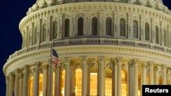 2013年3月22日破晓前的美国国会景象