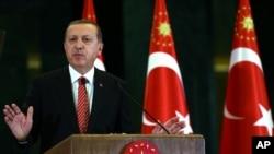 2015年11月24日土耳其总统埃尔多安就击落俄罗斯战机事件发表讲话。