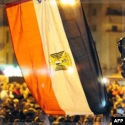 """Qohiradagi """"Tahrir"""" maydonida harbiy boshqaruvga qarshi namoyishlar tinmayapti"""