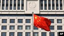 中国政府出台《境外非政府组织境内活动管理法》半年,许多外国NGO无法完成注册