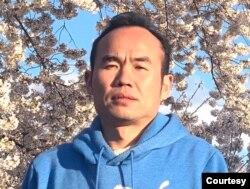 洛杉矶华裔进口商、捐赠医疗物资的慈善人士邱先生