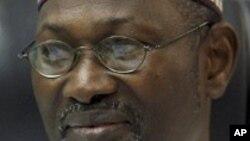 Farfasa Attahiru Jega shugaban hukumar zabe ko INEC
