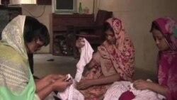 贫困迫使巴基斯坦儿童非法工作
