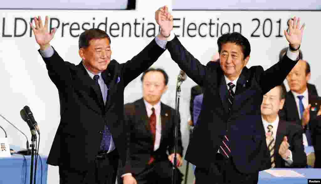 شینزو آبه نخست وزیر ژاپن ماند. او اگر دوره سه ساله را به پایان برساند، طولانی ترین دورۀ خدمت بعنوان یک نخست وزیر در ژاپن را از آن خود می کند.