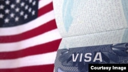 Dua warga Irak yang ditolak masuk ke Amerika karena larangan yang diberlakukan Presiden Donald Trump, akan mendapat bantuan dari pemerintah untuk mengajukan permohonan visa lagi sesuai dengan kesepakatan di pengadilan, Kamis (31/8).(Foto: ilustrasi).