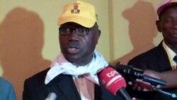 """Lucas Ngonda: """"Sou o presidente do FNLA"""" - 2:30"""