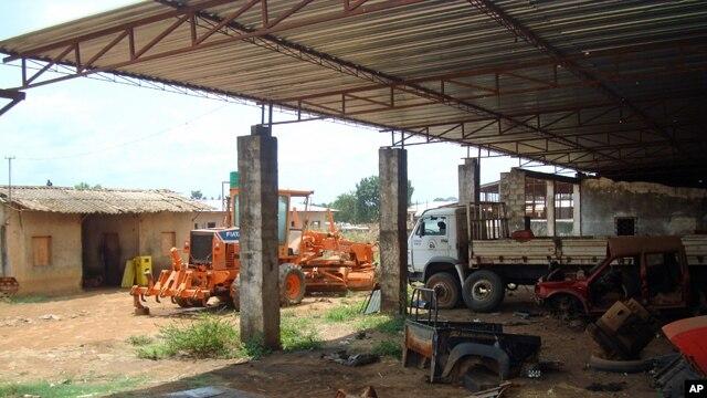 É visível a degradação do estaleiro da Mecanagro em Malanje