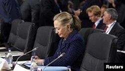 Američka državna sekretarka Hilari Klinton na zasedanju OEBSa u Dablinu, 6. decembra
